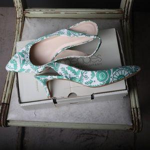 NY&Co Heel with design 2/$50